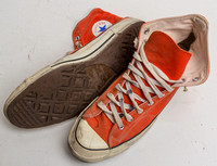 Men's size 12.5 orange authentic 60's Converse Chuck Taylor sneakers used 150923-0088_fin