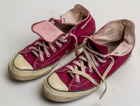 Men's size 12.5 maroon authentic 60's Converse Chuck Taylor sneakers used 150923-0090_fin
